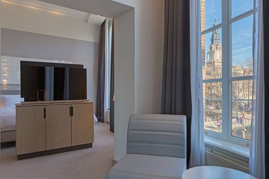Premium room canal view