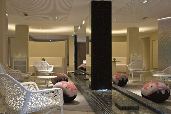 Spa seating area