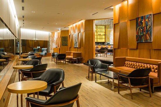 M'Bamou Bar Lounge