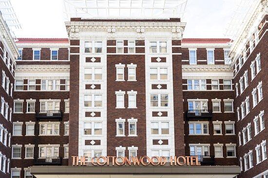 The Kimpton Cottonwood Hotel