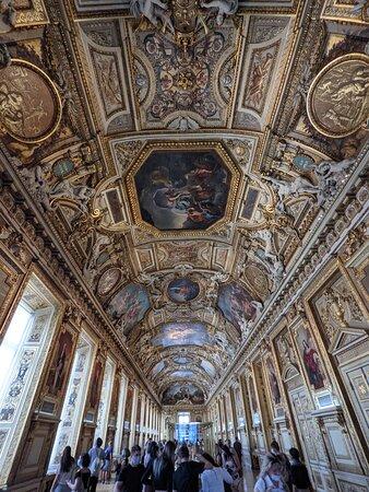 Louvre Museum Skip-the-Line Guided Tour with Venus de Milo & Mona Lisa: 3