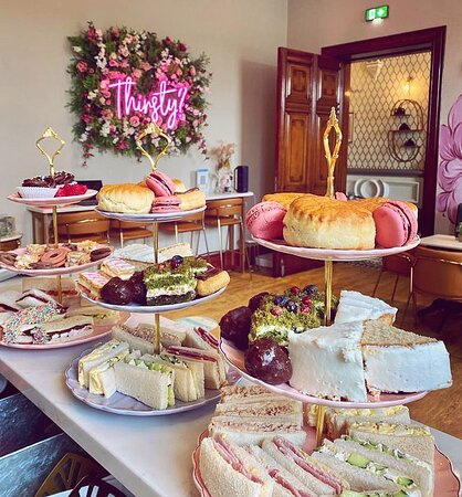 Come and enjoy one of our delicious Afternoon Tea's!