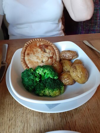 Chickek Pie - excellent at £8.95 a plate