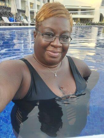 Hideaway pool #selfie #greenworldwidetravel