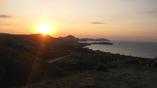 Рассвет на горе Верблюд