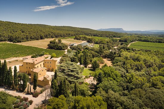 Vue aérienne domaine du Château du Seuil.