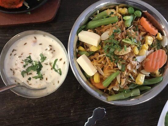 Biryani (vegetarian), Chicken, Lamb, Mix chicken and lamb