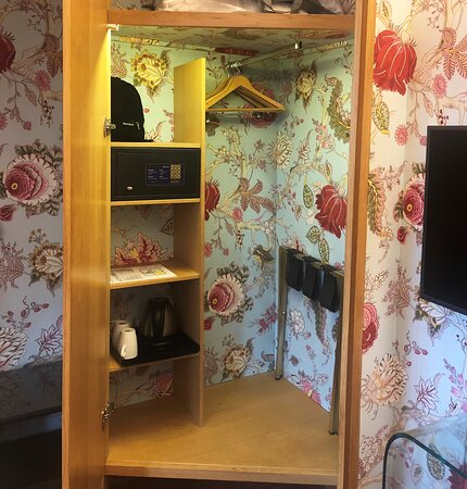 All comfort in the rooms - safety box, hairdryer, tea-coffee facilities, hangers, extra pillows, luggage rack...