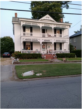 One of tons of Historical Homes on the Walking Tour, given at the Welcome Center.