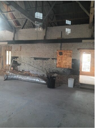 A peek inside the Old Building in Edenton, not fixed up yet for visitors, Located  in the Light House Park.
