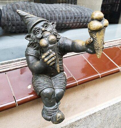 Wrocław dwarfs