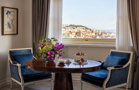 Tivoli Avenida Liberdade Presidential Suite Bedroom Table View