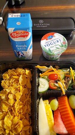 Cornfkakes, fruit, salad, milk, yogurt
