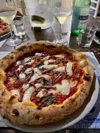 Hervorragende Pizza