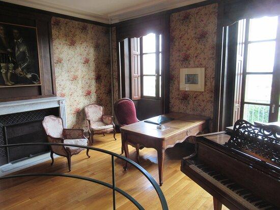 chambre et cabinet de travail de Romain ROLLAND (prix Nobel de littérature en 1916)