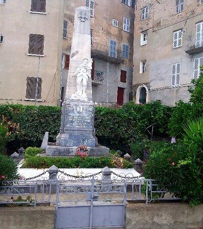 monumento ai caduti a Cervione