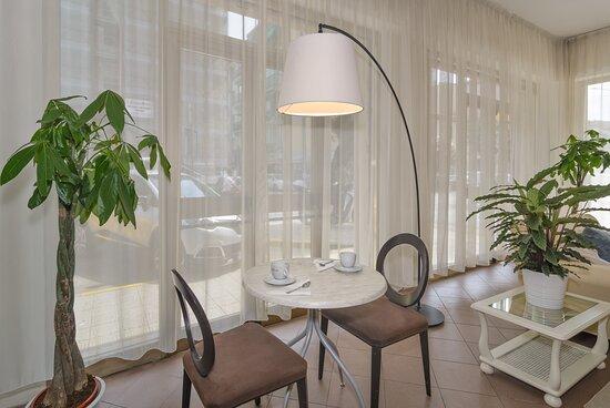 camera matrimoniale con balcone - Picture of Hotel Stella d'Italia, Viareggio - Tripadvisor