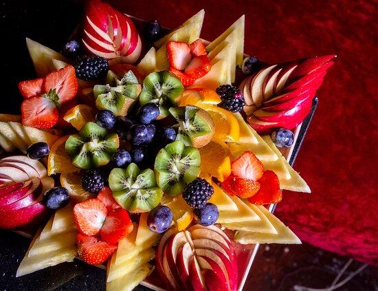 Fruit platter goals!