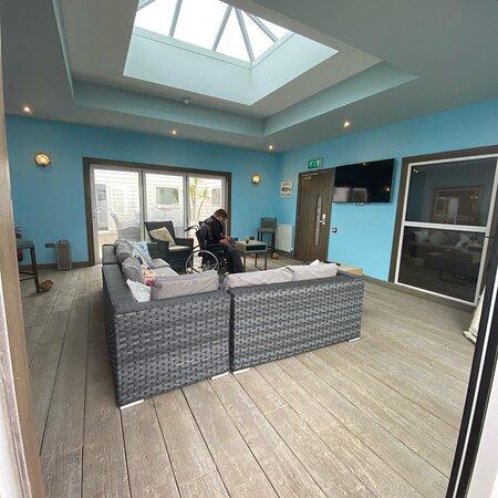Atrium lounge, spacious and level access