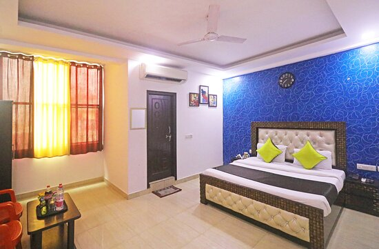 Dulux room with ac and wifi