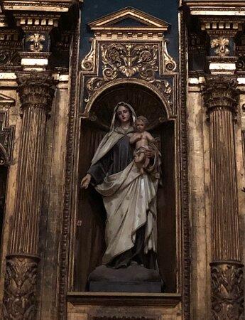 La Statua di Santa Marina nella nicchia dell'Altare Maggiore !