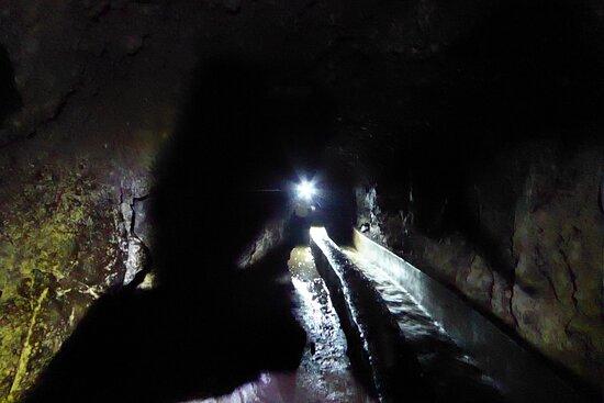 Por los tuneles
