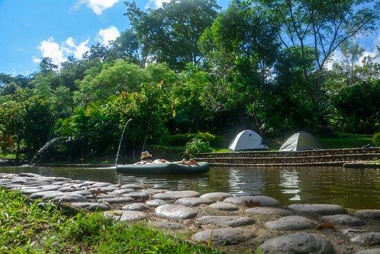 Campoalegre, Colombia: San Antonio ofrece servicio de camping, rodeado de naturaleza viva, aire puro, agua natural.