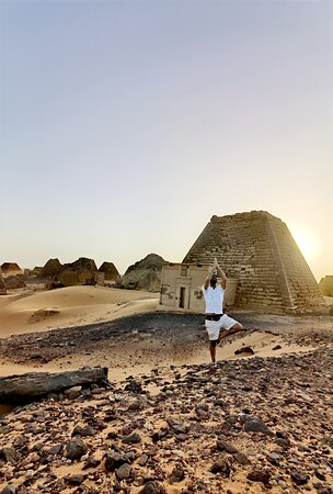 Pyramids of Meroe, Sudan Tour