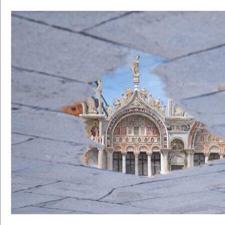مدينة البندقية, إيطاليا: Una pozzanghera basilicale 