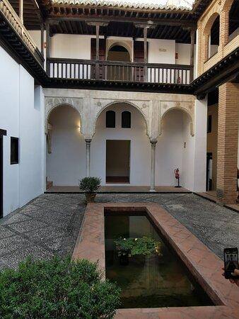 Patio de la Casa Horno de Oro.