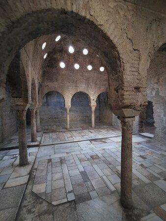 Sala templada o bayt al-wastani.