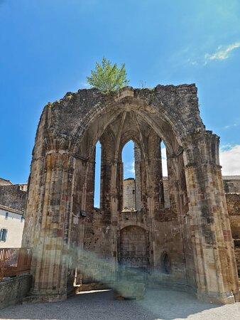 Différents lieux de l'abbatiale-cathédrale