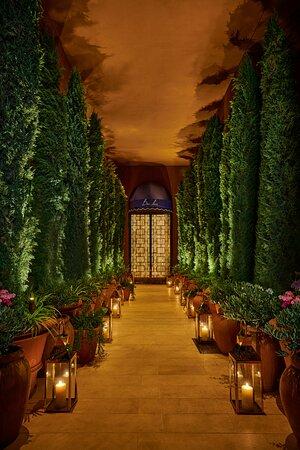 Entrance to Bar Lis