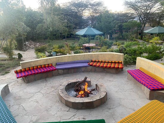 A lovely camp easy to access only 5 mins drive to the main entry point to Maasai Mara