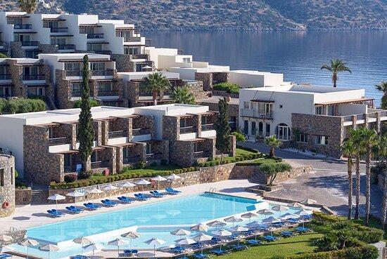 德索爾咪拉貝洛海灘村酒店