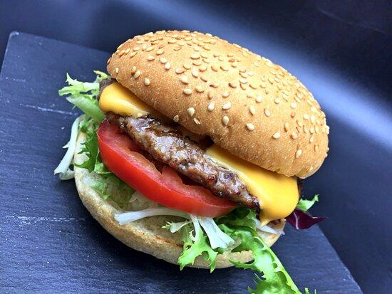 Nuestra hamburguesa a la parrilla es espectacular!