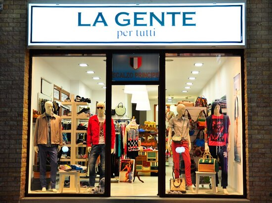 La Gente Clothing