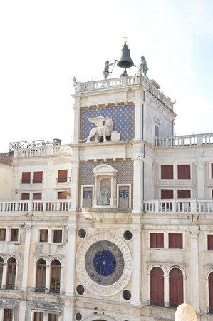 Venice, Italy: la torre dell'orologio : Venezia