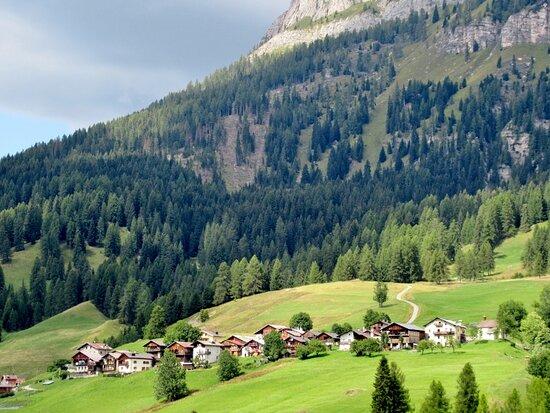 Vista complessiva del villaggio
