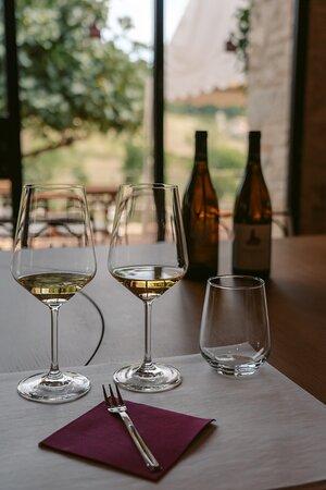 Même vin blanc, 2 année différentes,  2 experience en bouche totalement différentes !