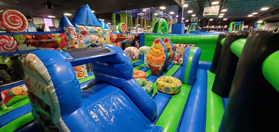 Even our smaller ones have a section in our Airpark, private toddle area for you and your kids to have incredible fun!