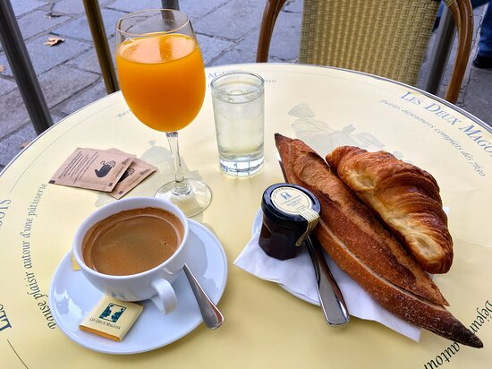Le Complet breakfast 20 Euro