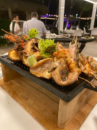 Mouthwatering grilled seafood at La Palapa.