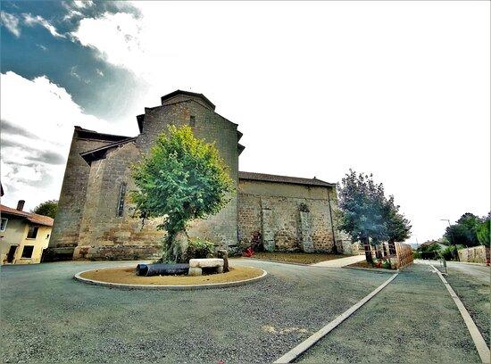 Eglise Saint-Julien-De-Brioude De Biennac