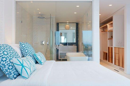 Thalassa Suite