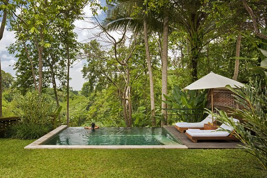 Uma Pool Villa Pool Area