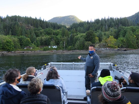 Great Bears of Bute: Grizzly Bear Viewing & Indigenous Cultural Tour: Flavian and Church House