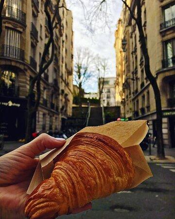 Croissant au beurre de Charentes Poitou AOP