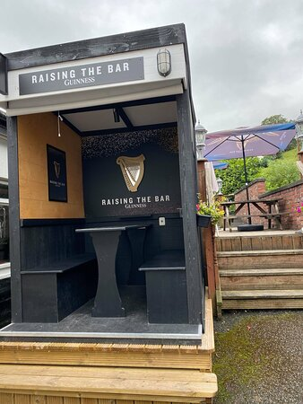 The perfect outdoor watering hole for all seasons with its own heating and light
