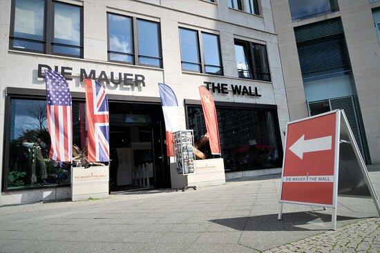 Die Mauer   The Wall - Das Museum Am Leipziger Platz